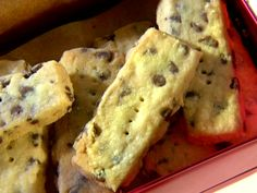 Rosemary Chocolate Chip Shortbread from FoodNetwork.comIngredients 1/2 cup unsalted butter (1 stick), softened to room temperature 1/4 cup sugar 1/2 teaspoon dried rosemary, crushed 1/2 teaspoon salt 1 cup all-purpose flour 1/3 cup mini chocolate chips