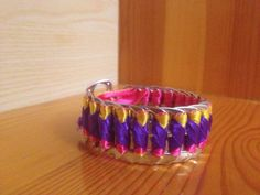 Bracelet from pop top cans