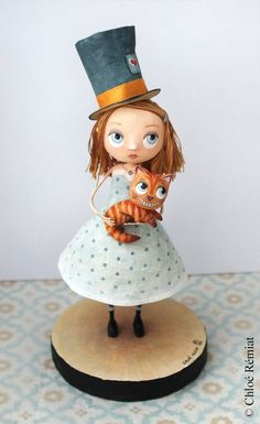 Alice et le chat du Cheshire OOAK doll Ooak Dolls, Art Dolls, Arts And Crafts, Paper Crafts, Alice In Wonderland Theme, Toy Boxes, Puppets, Paper Dolls, Illustration