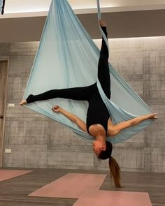 An elastic yoga hammock that let you move with ease that is perfect for aerial yoga Made of 100 high-quality nylon cloth to ensure durability and long-lasting use Ideal for indoor use Iyengar Yoga, Ashtanga Yoga, Vinyasa Yoga, Yoga Poses, Yoga Sequences, Anti Gravity Yoga, Aerial Yoga Hammock, Pilates Reformer Exercises, Aerial Silks