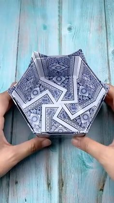The best-selling new & future releases in Patio, Lawn & Garden Diy Origami, Origami Ball, Paper Crafts Origami, Origami Heart, Diy Crafts Hacks, Diy Home Crafts, Decor Crafts, Arts And Crafts, Origami Fashion