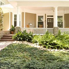 Ditch the Mower: 8 Lawn-Free Landscaping Ideas Southern Landscaping, Home Landscaping, Front Yard Landscaping, Hillside Garden, Lawn And Garden, No Grass Yard, Ground Cover Plants, Dream Garden, Outdoor Gardens