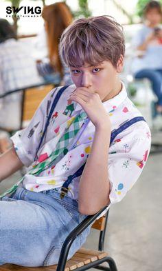 Korean Boy Bands, Debut Album, Korean Singer, Southern Prep, Boy Groups, I Am Awesome, Photoshoot, Kpop Boy, Campfires