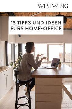 Von zuhause aus arbeiten hat viele Vorteile: Wir können unseren Tagesablauf selbst bestimmen, haben viel Freiraum für Kreativität und müssen keine langen Wege zum Arbeitsplatz auf uns nehmen. Und das Beste für alle Interior-Fans: Wir dürfen unser Office ganz nach unserem eigenen Geschmack einrichten! Wir sind ja bekanntermaßen am produktivsten, wenn wir uns wohl fühlen und uns konzentrieren können./Westwing Home Office Büro Zuhause arbeiten modern Arbeitsplatz Schreibtisch Idee Inspiration 2021 Office Desk, Modern, Interior, Design, Furniture, Home Decor, Inspiration, Co Workers, Work Spaces