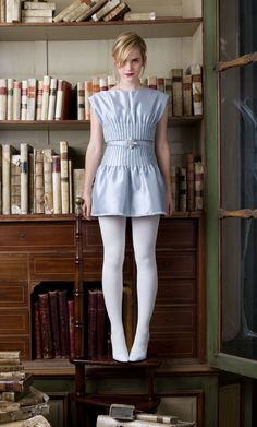 Emma in white tights Emma Watson Legs, Emma Watson Style, Emma Watson Body, Emma Watson Hair, Emma Watson Beautiful, Emma Watson Sexiest, Pantyhosed Legs, Look Star, White Tights
