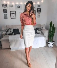 Professional Outfits for Women Professional Work Outfit The 8 Best Tips for Perfecting Your Classy Outfits Classy Business Outfits, Business Professional Outfits, Classy Work Outfits, Office Outfits Women, Fall Outfits For Work, Work Casual, Business Attire, Outfit Office, Office Wear