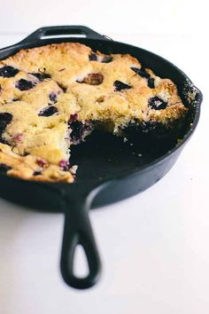 21. Cherry Skillet Cake | 23 Skillet Cakes That Anyone Can Make