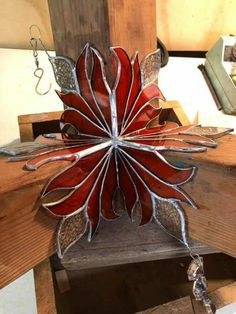 Stained Glass Suncatchers, Stained Glass Projects, Stained Glass Patterns, Stained Glass Panels, Stained Glass Art, Glass Art Pictures, Craft Fairs, Projects To Try, Arts And Crafts