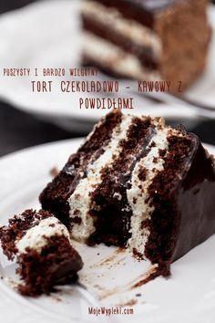 Tort czekoladowo - kawowy z powidłami śliwkowymi
