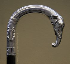 Silver handled cane with elephant head decoration Cannes, Walking Sticks And Canes, Walking Canes, Rod And Staff, Cane Stick, Cane Handles, Elephant Head, Art Nouveau, Sculpture
