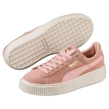 Suede Platform Core Women's Trainers: A PUMA Heritage icon evolves into a modern legend. Our design classic, the Suede, is taking to new heights with a platform sole.   Rich suede upper.   Padded collar and tongue for increased comfort.   Platform rubber outsole.