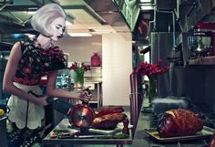 Don't we all wish we could look this good while slicing open a turkey or ham. UHHH, ya! How brilliant this photo is.