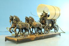 Vintage 1973 Metal Sessions United Stagecoach Carriage Horses Motion Light Clock