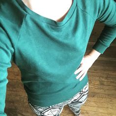 #mmmay17 day 24. Lazy photo day. After a long, awesome day leading at the ropes course, I'm super grateful to be snuggling up in a #lindensweatshirt and some leggings. #handmadewardrobe #memademay17 #sewcialists #kmpsewshandmadewardrobe,sewcialists,kmpsews,memademay17,lindensweatshirt,mmmay17thenestingcrane
