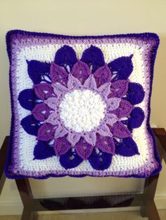 Crocodile stitch crochet cushion cover, free pattern by Joyce Lewis on Ravelry. Loved making this and not difficult.