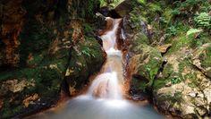 1360x768 HQ Definition Wallpaper Desktop waterfall