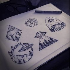Very Nice Stencil Of Famous Alien Spaceship Mountain View Tattoos Future Tattoos, New Tattoos, Body Art Tattoos, Small Tattoos, Cool Tattoos, Tatoos, Ship Tattoos, Ankle Tattoos, Arrow Tattoos