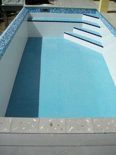 Small Backyard Pools, Swimming Pools Backyard, Swimming Pool Designs, Jacuzzi, Pool Steps Inground, Waterline Pool Tile, Build Your Own Pool, Small Pool Design, Pool Construction
