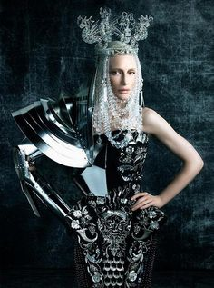 queen/warrior_Cate Blanchett in Dior Haute Couture by John Galliano, from Vogue 2006