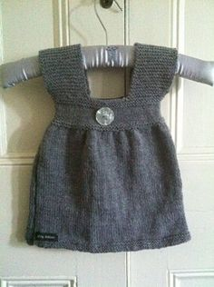 GreyBalloonKnits.com | Pattern Number 2 | Baby and child knitting patterns. Classic designs with a modern twist.