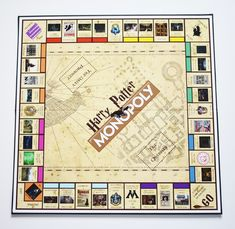 Create your DIY Harry Potter Monopoly Game with our step by step tutorial and FREE printables. Make this game for any Harry Potter lover! Harry Potter Monopoly, Cumpleaños Harry Potter, Harry Potter School, Harry Potter Classroom, Harry Potter Jewelry, Harry Potter Halloween, Monopoly Game, Monopoly Board, Harry Potter Birthday Cards