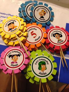 El Chavo cupcake toppers