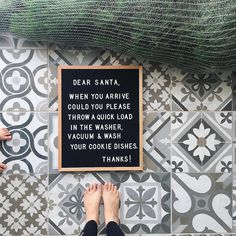 35 Holiday-Themed Letter Board Ideas to Pose Your Kids With This Season Christmas Messages, Christmas Humor, Winter Christmas, Christmas Quotations, Funny Christmas Quotes, Christmas Pics, Family Christmas, Word Board, Quote Board