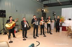 Mariachis- I admitted I couldn't get married w/o them