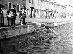 Tomaso Filippi_Fondamenta di Cannaregio, ragazzi che fanno il bagno, 1894-1897
