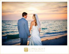 Bride, Groom, Sunset, Tradewinds Island Resort, Wedding Photography, Limelight Photography, www.stepintothelimelight.com