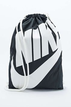 Nike Drawstring Bag in Black - Urban Outfitters