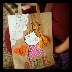 De bolsa de papel a piñata