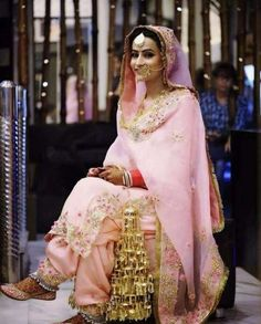 The Fashion of Punjab Indian Bridal Outfits, Indian Bridal Lehenga, Indian Bridal Fashion, Indian Bridal Wear, Indian Dresses, Indian Clothes, Sikh Wedding Dress, Wedding Suits, Bridal Dresses