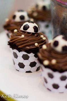 Prepare a festa de aniversário do seu filho com o tema Copa do Mundo e arrase na decoração com as nossas dicas!