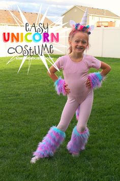 This Unicorn costume is a pretty easy DIY (cause I Love easy!) It's cute and easy to adapt into whatever color of Unicorn you are going for! Here is what you need: Fake colorful fur (got mine at Joann Unicorn Halloween Costume, Hallowen Costume, Halloween Costumes For Girls, Diy Costumes, Halloween Kids, Costume Ideas, Party Unicorn, Diy Unicorn Costume, Unicorn Outfit