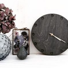 We really like this wall clock from Gamma Studio. It just gives you a little piece of the Nordic coolnes. Get inspired from all our talentet independent Nordic Designers at eniito.com  #eniito #gammastudio #scandinavianstyle #wallclock