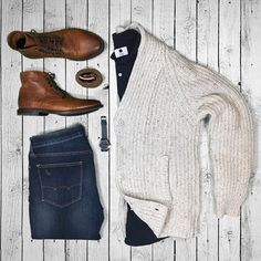 @votrends #Cardigan #jachsny and I #boots @sutrofootwear Cardigan: @jachsny Shirt: @nonationality07 #mensstyleblog #Pants: #americaneagle #gqstyle #ga #MensBoots: #sutrofootwear Belt: #fossil #MensBoots #menssweaters Watch: f.steen_design @mallenpics