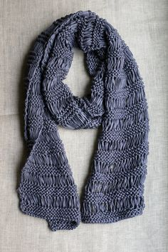 Drop Stitch Scarf by tentenknits, via Flickr