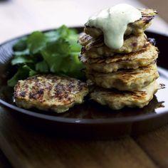 Broileripihvit ja pestokastike | Soppa365 Pesto, Steak, Food And Drink, Pie, Chicken, Koti, Torte, Cake, Fruit Cakes