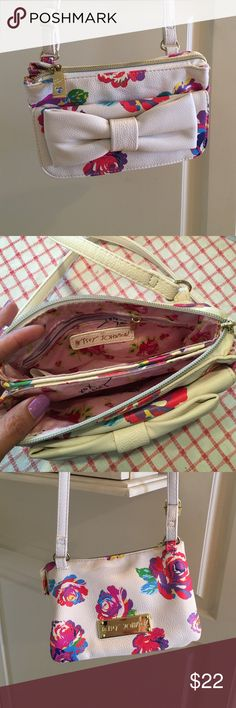 Betsey Johnson crossbody small purse Betsey white/floral crossbody purse. Great condition Betsey Johnson Bags Crossbody Bags