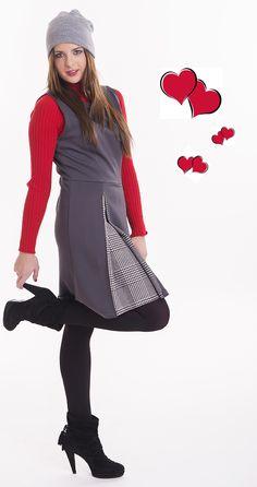 crea tu propio estilo, un simple jersey de cuello alto en algún color vivo alegrará tu look.¡