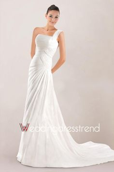 Concise One-shoulder Bridal Dress in Chiffon Highlighted with Ruched Bodice