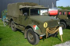 Photos and description of Bedford mwd,Bedford. Everything you want to know about this car. Military Style, Military Fashion, Bedford Truck, Army Vehicles, British Army, Troops, Ww2, Cool Photos, Monster Trucks