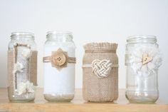 Burlap and lace jars van TheBreadBarn op Etsy