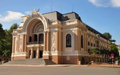 The French colonists left behind many glorious buildings in Saigon, none more beautiful than the Saigon Opera House in the centre of District 1.