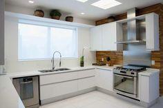cozinhas-brancas-madeiras-armarios-cores-modernas-decor-salteado-12.jpg 768×512 pixels