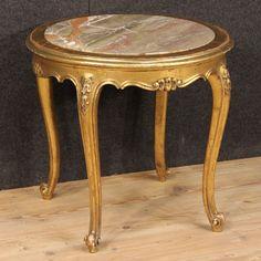 650€ French golden coffee table with marble top. Visit our website www.parino.it #antiques #antiquariato #furniture #golden #antiquities #antiquario #comodino #golden #gold #tavolino #nightstand #table #night #decorative #interiordesign #homedecoration #antiqueshop #antiquestore