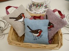 Handmade Lavender Scented Hanging Bag Robin applique, Choice of fabric/colour | eBay