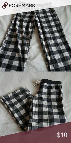 Plaid pajama pants Black and gray comfy pajama pants Jenni Intimates & Sleepwear Pajamas
