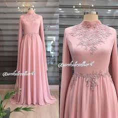 Image may contain: people standing Beautiful Prom Dresses, Cute Dresses, Hijabi Gowns, Malay Wedding Dress, Hijab Dress Party, Dress Brokat, Engagement Dresses, Muslim Dress, Latest African Fashion Dresses